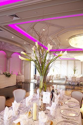 high centerpiece, calla lilies, bear grass, curly willow, long island wedding flowers