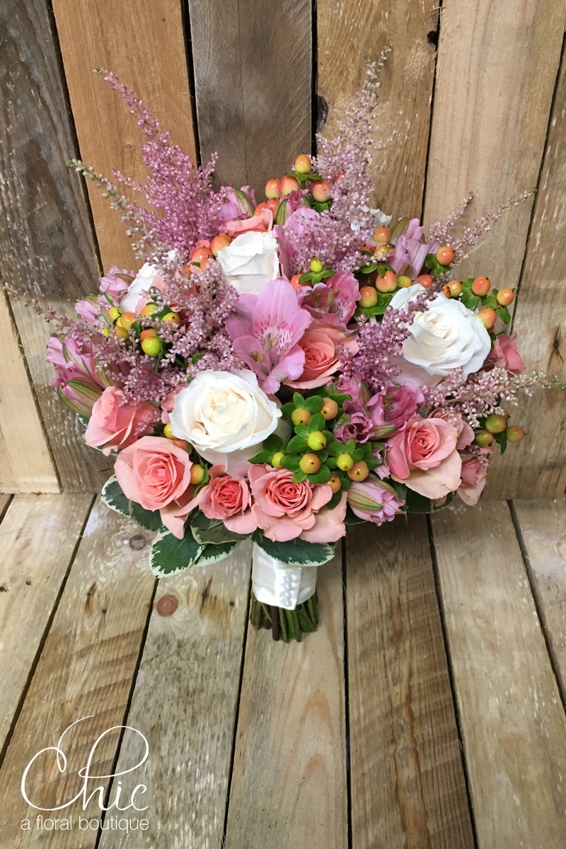 hypericum, spray roses, astilbe, roses, bridal bouquet, giandos on the water